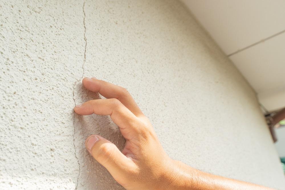 クラック 外壁塗装