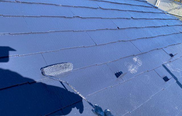 韮崎市A様邸、外壁・屋根塗装 屋根塗装上塗り
