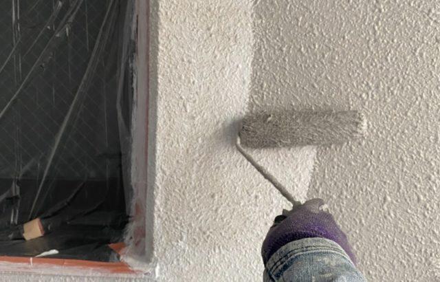 甲府市マンション 外壁塗装・防水工事 外壁塗装中塗り