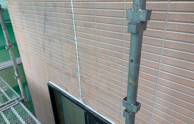 富士河口湖町M様邸、外壁塗装・屋根カバー工事 コーキング工事